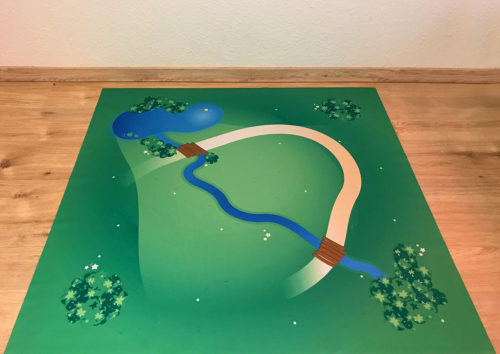 playmat – Great countryside with creek